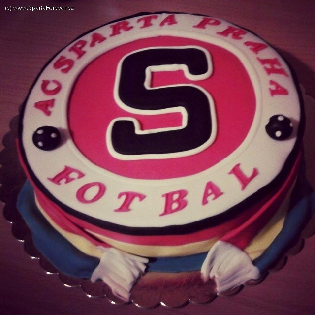 dort k 16 narozeninám Sparta Forever   srdeční záležitost dort k 16 narozeninám
